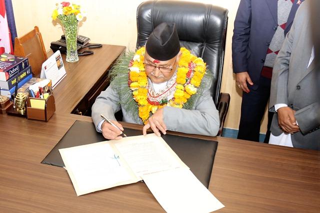 प्रधानमन्त्रीलाई भारतीय प्रधानमन्त्री मोदीको बधाई, भारत भ्रमणको निम्तो