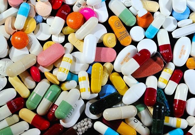 सरकारले औषधिको मुल्य तोक्ने, सस्तो हुने अपेक्षा