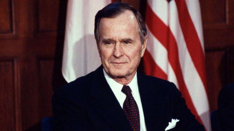 अमेरिकाका पूर्वराष्ट्रपति जर्ज एच डब्ल्यू बुसको निधन