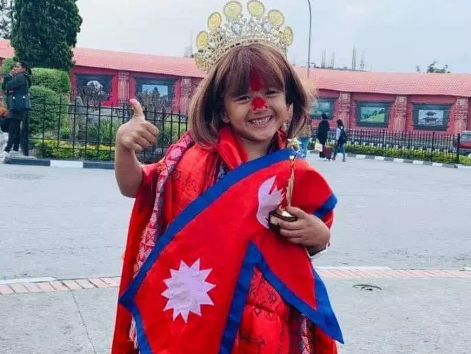 इजिप्टमा आयोजित व्युटी पेजेन्टमा ५ बर्षिया नेपाली बालिका प्रिन्शा खड्का सर्वोत्कृष्ट